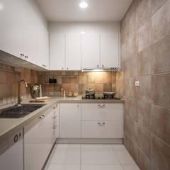 Cuisine de style  par 享家空間設計