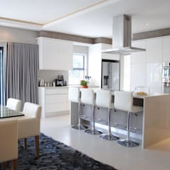 Kitchen: modern Kitchen by Salomé Knijnenburg Interiors