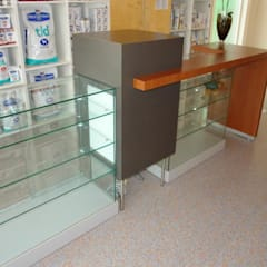 Verkoopbalie:  Ziekenhuizen door Brenda van der Laan interieurarchitect BNI