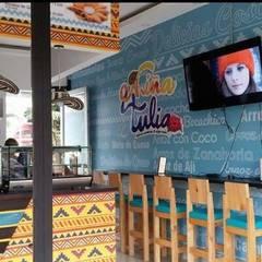 diseño restaurante: Locales gastronómicos de estilo  por Dies diseño de espacios, Tropical