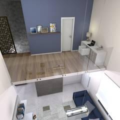 Home-Oficce no mezanino: Corredores e halls de entrada  por RVA Arquitetura