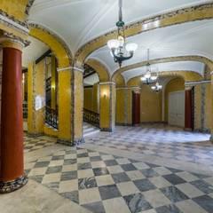 Гатчинский дворец: Музеи в . Автор – Belimov-Gushchin Andrey, Классический Мрамор