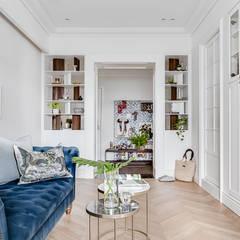 法式居所/ The French Charm:  客廳 by 爾聲空間設計有限公司, 簡約風 木頭 Wood effect