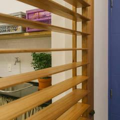 Apartamento MM: Janelas   por MZNO