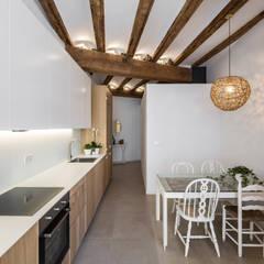 Cocinas de estilo  por versea arquitectura, Mediterráneo