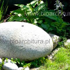 Mini fontanna : styl , w kategorii Ogród zaprojektowany przez Bioarchitektura  - Ogrody, Krajobraz, Zieleń we wnętrzach