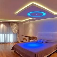Attelia Tasarim – VİLLA GÜNEL:  tarz Yatak Odası