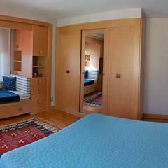 Bedroom by Attelia Tasarim, Eclectic