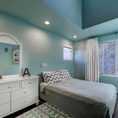 Award Winning Winslow Project:  Nursery/kid's room by Futurian Systems