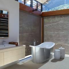 Modern bathroom by M&M Designs Modern