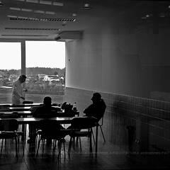 Quantal Group: Escritórios e Espaços de trabalho  por Esquissos 3G,Industrial
