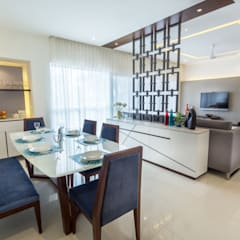 3 BHK apartment - RMZ Galleria, Bengaluru:  Dining room by KRIYA LIVING