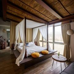 Dormitorios de estilo  por 有偶設計 YOO Design