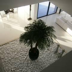 Moradia MPC Jardins de Inverno modernos por Arquihom, Lda Moderno