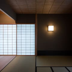Ruang Media Modern Oleh 柳瀬真澄建築設計工房 Masumi Yanase Architect Office Modern