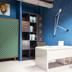 Современный и нестандартный офис: Коммерческие помещения в . Автор – дизайн-студия PandaDom