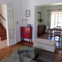 Casa MW: Livings de estilo  por Moreno Wellmann Arquitectos