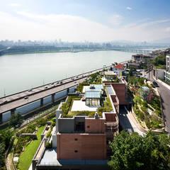 한남 라테라스: 서로 아키텍츠의  주택