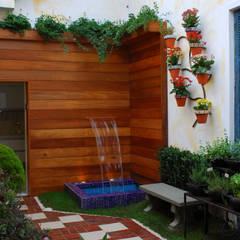 Jardines de estilo  por Adriana Baccari Projetos de Interiores