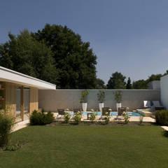 Het Witte Huis:  Tuin door WillemsenU