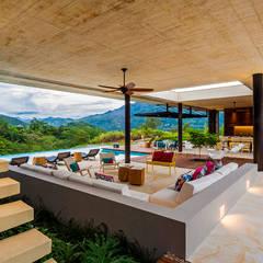Casa 7A: Salas de estilo  por Arquitectura en Estudio, Moderno Concreto