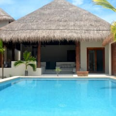 Hotels by sandro bortot arquitecto, Tropical