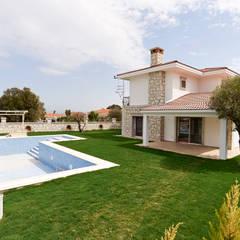 Houses by NAZZ Design Studio