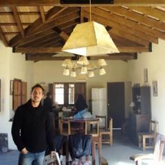 Casco de Finca en La Caldera: Livings de estilo  por Valy,Rural Ladrillos