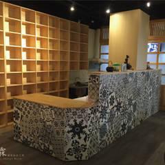 Văn phòng & cửa hàng by 宗霖建築設計工程