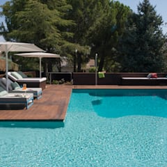 Garden Pool by AGi architects arquitectos y diseñadores en Madrid,