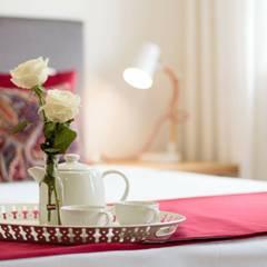 Ambiente : Hotéis  por Alma Braguesa Furniture