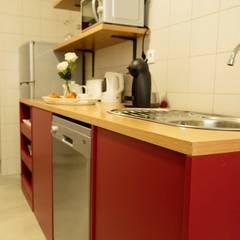 Cozinha : Hotéis  por Alma Braguesa Furniture