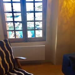 CASSIS: Fenêtres de style  par Claire de Bodinat / Archidesign,