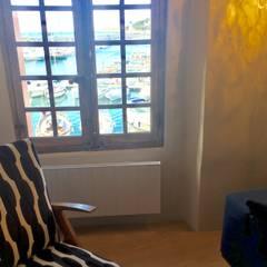 DEUXIÈME ÉTAGE / SEJOUR  / APRES TRAVAUX: Fenêtres de style  par Claire de Bodinat / Archidesign