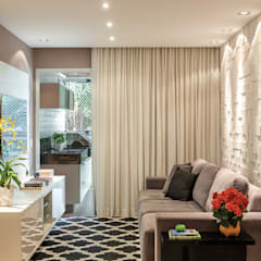 Apartamento Jardim Oceânico: Salas de estar  por Priscila Boldrini Design e Arquitetura
