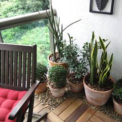 Apartamento São Clemente: Jardins  por Priscila Boldrini Design e Arquitetura