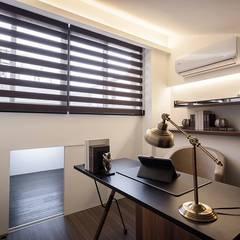 儲藏室:  書房/辦公室 by 你你空間設計