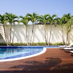 Casa Santa Mônica Jardins: Jardins  por Priscila Boldrini Design e Arquitetura