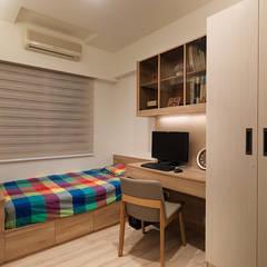 神設計!29坪4房2廳暢快人生:  嬰兒房/兒童房 by 大集國際室內裝修設計工程有限公司