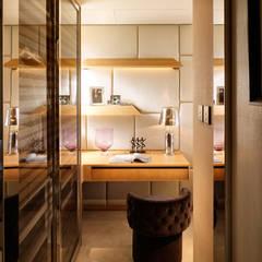 Mount East:  Dressing room by wayne corp,