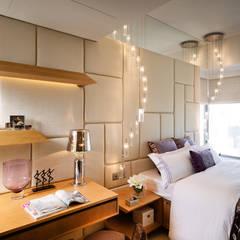 Dormitorios de estilo  por wayne corp,