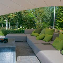 loungeset: landelijke Tuin door Tuintechnisch Bureau Smeulders