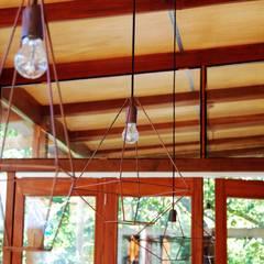 CASA VIVA: Comedores de estilo  por Guadalupe Larrain arquitecta