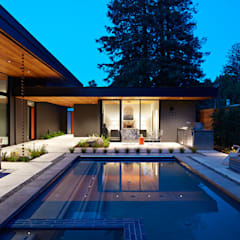Glass Wall House:  Houses by Klopf Architecture