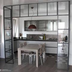 soggiorno : Cucina in stile in stile Industriale di BB1 LABORATORIO DI ARCHITETTURA & DESIGN