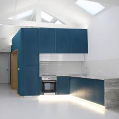 ครัวบิลท์อิน by GRAU.ZERO Arquitectura