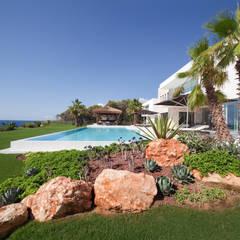 0812: mediterraner Pool von jle architekten