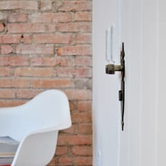 Casa Leblon: Salas de estar  por K+S arquitetos associados