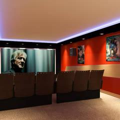 Erden Ekin Design – Sinema Salonu: modern tarz Multimedya Odası