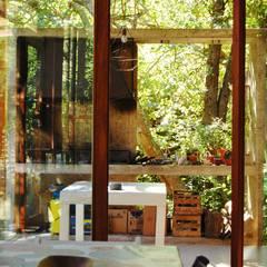 Expansión Cocina Comedor y Parrilla : Comedores de estilo  por Guadalupe Larrain arquitecta